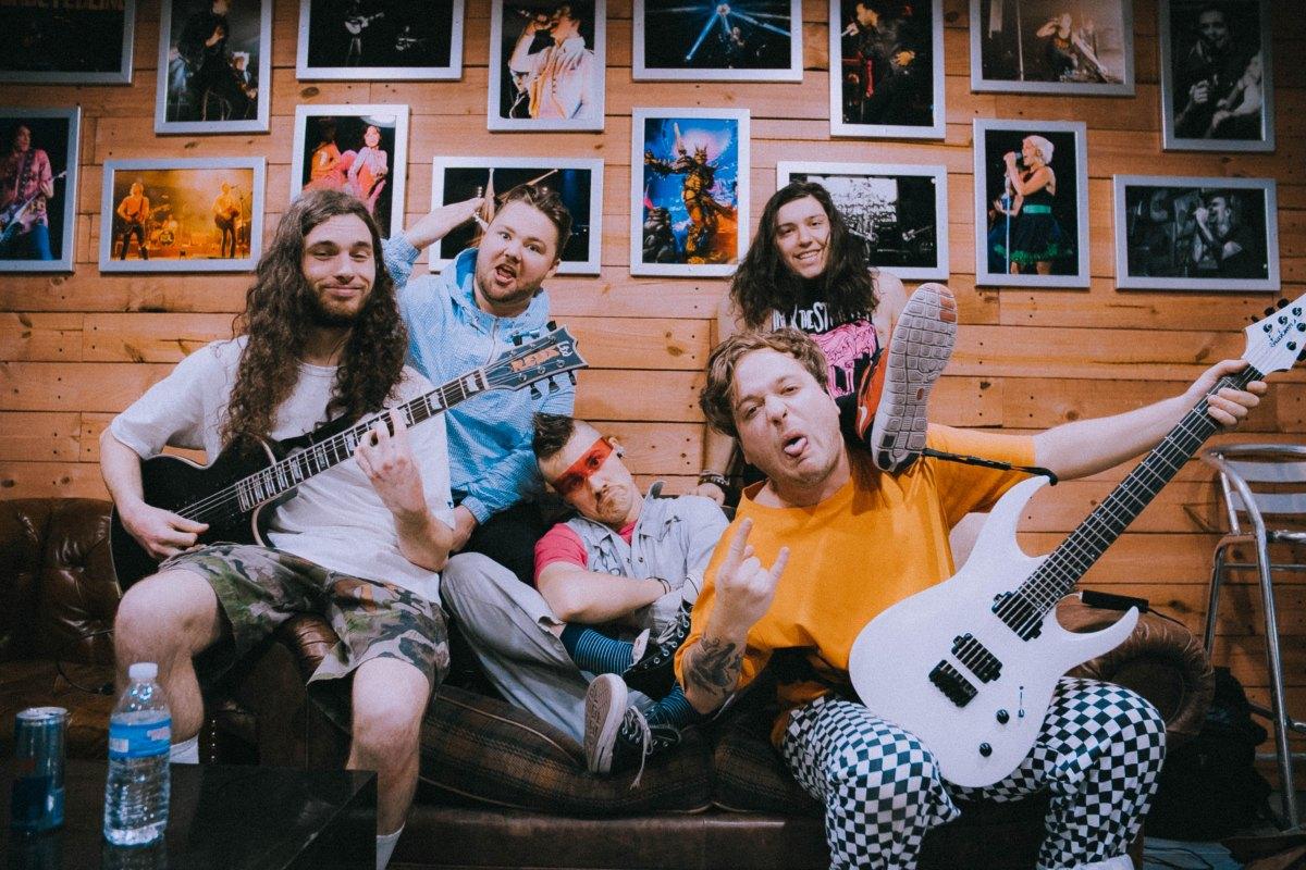 Shredder guitarists are technicians, NOT musicians